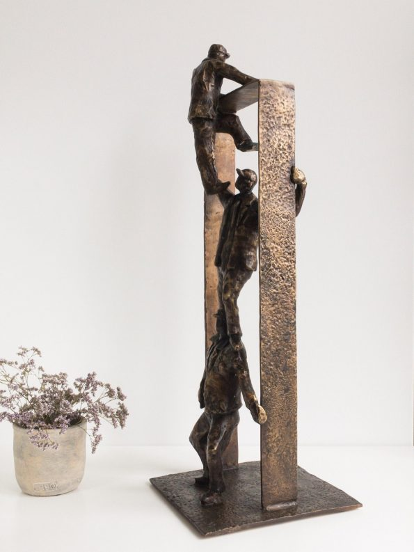 TEAMBUILDING – äkta brons