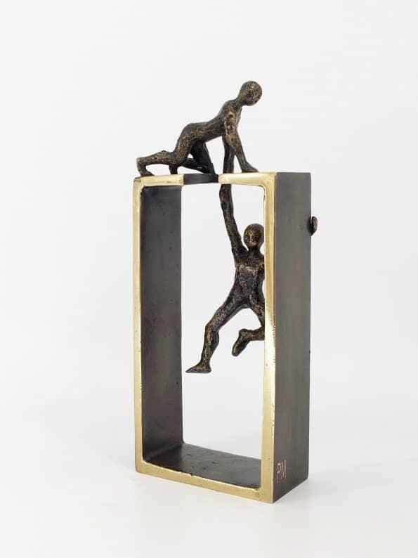 HJÄLPSAMHET – äkta brons